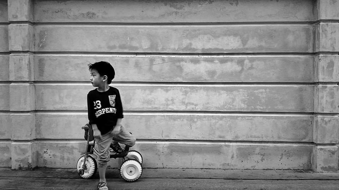 My gorgeous handsome boy when he was 4 years old. Naturally posted, I think.😁Monochrome Photography Moments NPfiv5 Smartphone Photography Eyemphotography Childhood Streetphotography Bangkok Streetphotography Mobilephotography Portrait Boy Son Kid Monochrome One Person Outdoors Real People Full Length People Bangkok Thailand EyeEm Best Shots Capturing Freedom Capture The Moment Street Photography