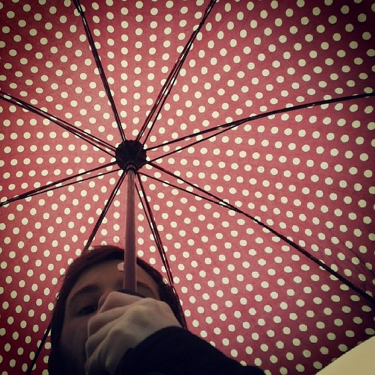Rain Umbrella Boyfriend Walkingwithyou red spots romantic