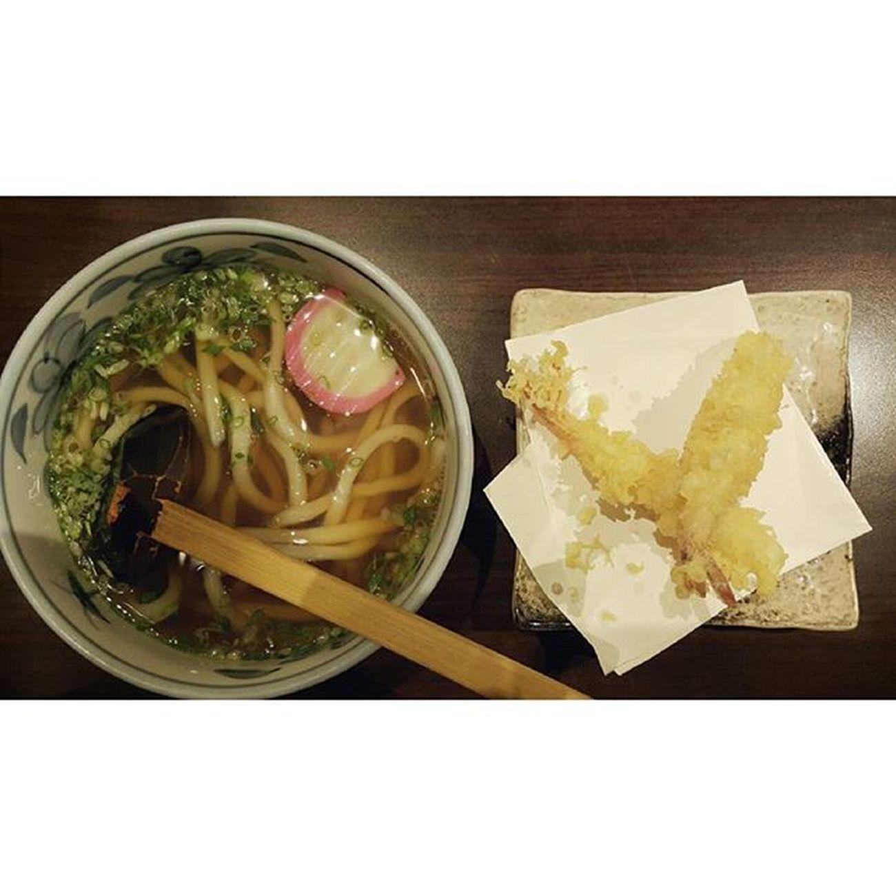 Udon with Shrimp Tempyra エビの天ぷらとうどん อุด้งร้อนเทมปุระกุ้ง Satonoudon Mercuryville Chitlom Japanesefood udonnoodles