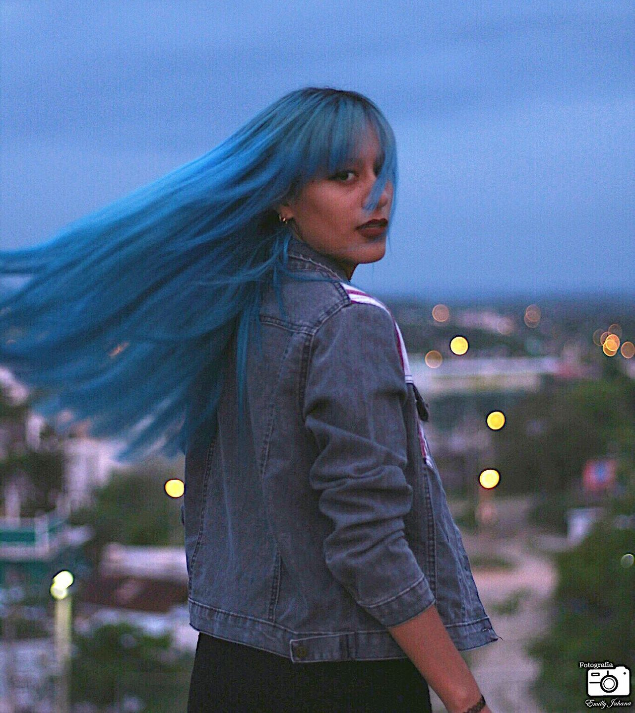 Dramatic hair. Young Adult Long Hair Color Hair Blue Hair ❤ Young Women Woman Model Creative Idea Lights In The City Beautiful Woman Mexico (null)Model Model Pose Pretty Hair