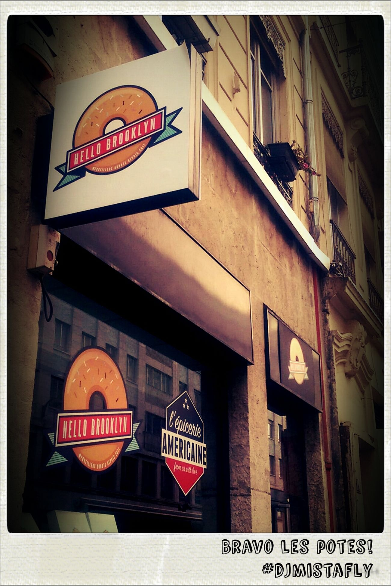 Donuts Cordeliers Cafe Hellobrooklyn une institution à Lyon! :)