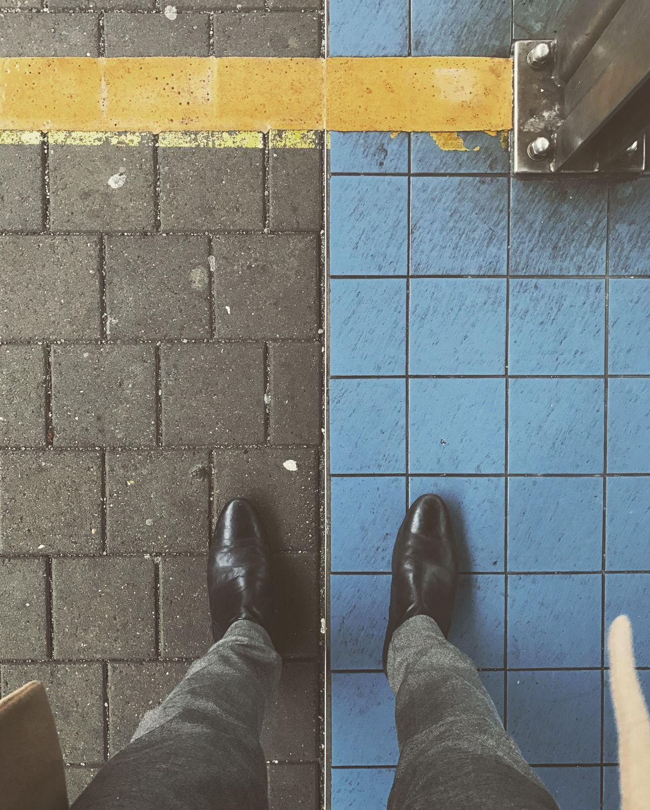 Waiting Symmetry Geometric Shapes Square Tiles Grid Pattern Colors Contrast Train Station Platform Urban Urban Geometry Wolfsburg Lines