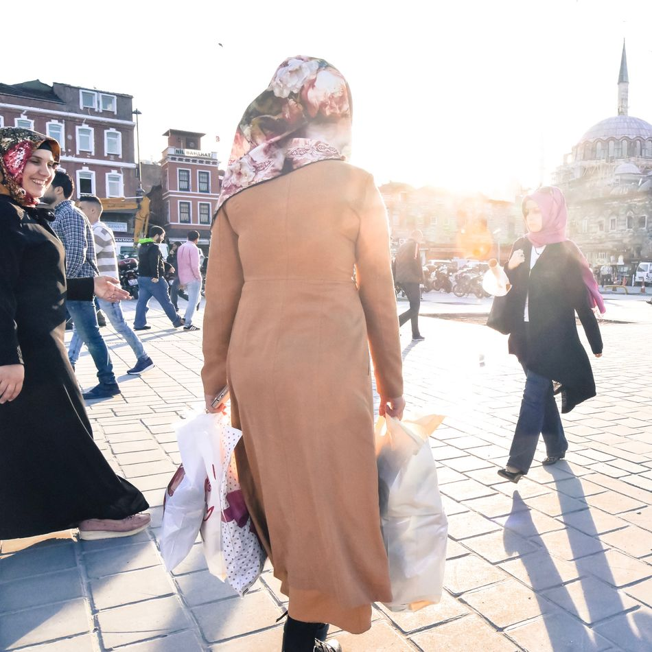 Women Around The World Istanbul Turkey Sunlight City City Life Outdoors Women People Travel Streetphotography
