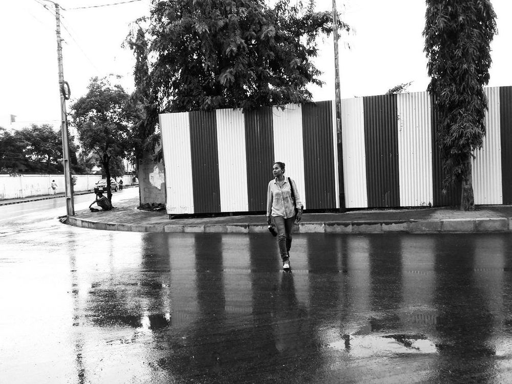Rainy Monday ⛆🌧 Full Length One Person Adults Only Only Women Adult Front View People Day Outdoors Architecture Standing Young Adult Tree Healthy Lifestyle Lifestyles Women Real People Men Sky Young Women EyeEmNewHere MyPhotography Photooftheday Streetphotography Streetphoto_bw