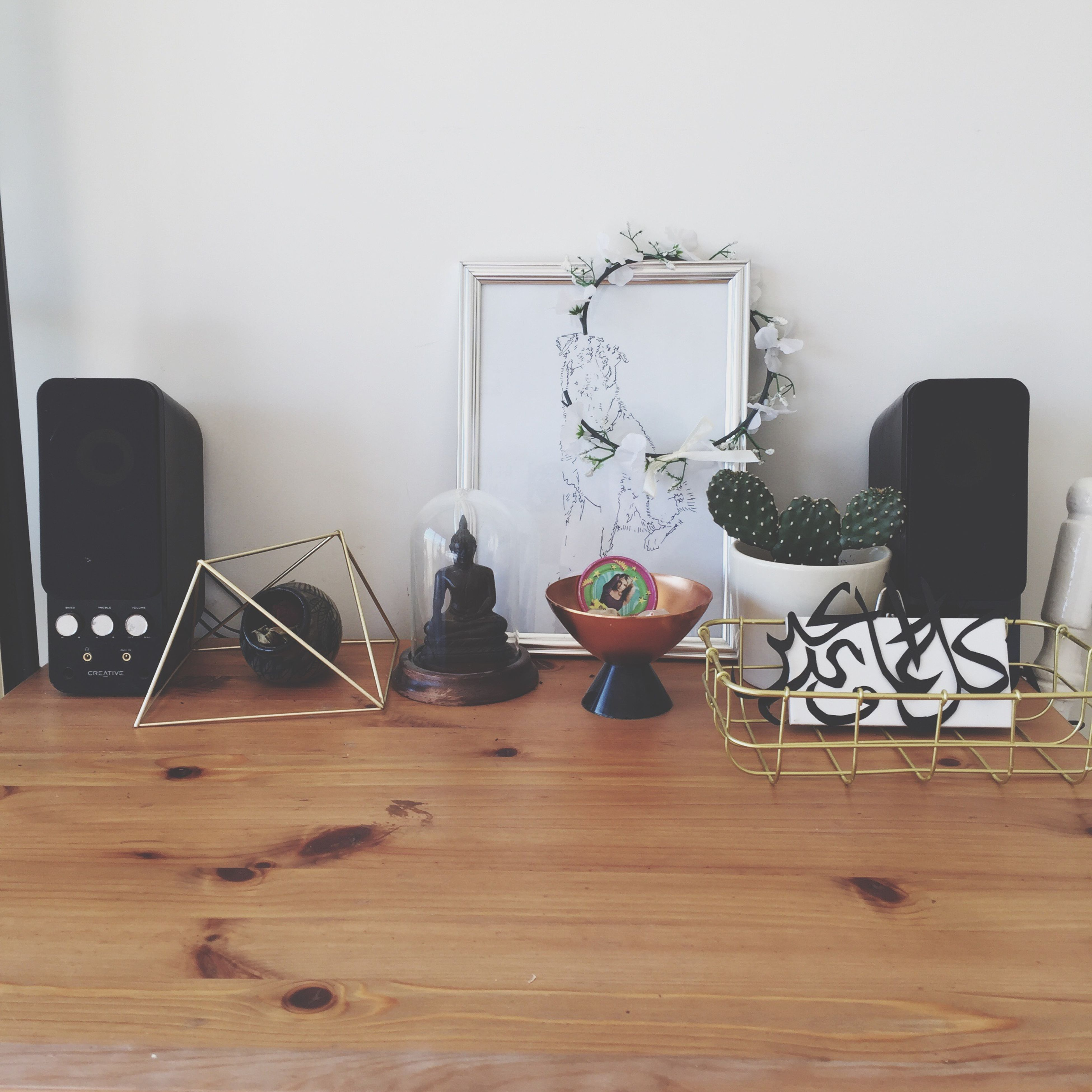 indoors, no people, chair, desk, desk lamp, home interior, day