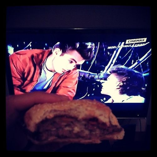 Enjoying my burger with Jimmy! Afternoonclassics 50sTV Rebelwithoutacause Jamesdean