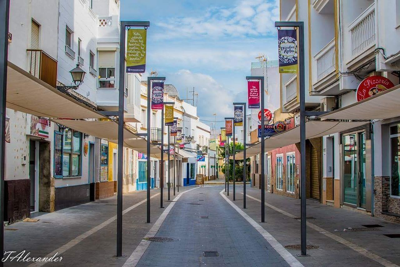 City Outdoors No People Architecture Sky Cloud - Sky EyeEm Best Shots Eyeemcollection EyeEm Gallery Nikonphotography Spain ✈️🇪🇸 Street Colorful Rota Vacations Tourism Travel Photography Travel Destinations
