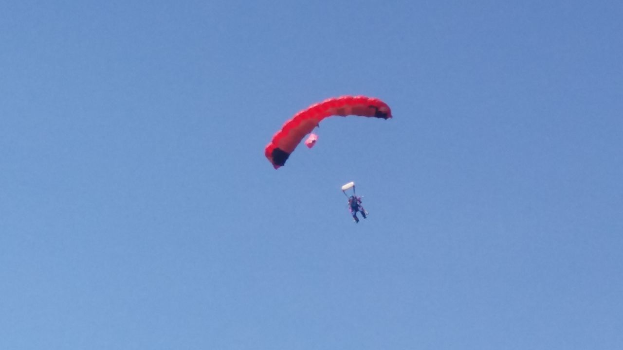 Adrenaline Junkie Adventure Extreme Sports Flying Leisure Activity Lifestyles Outdoors Parachute Paragliding Parasailing Skydiving First Eyeem Photo