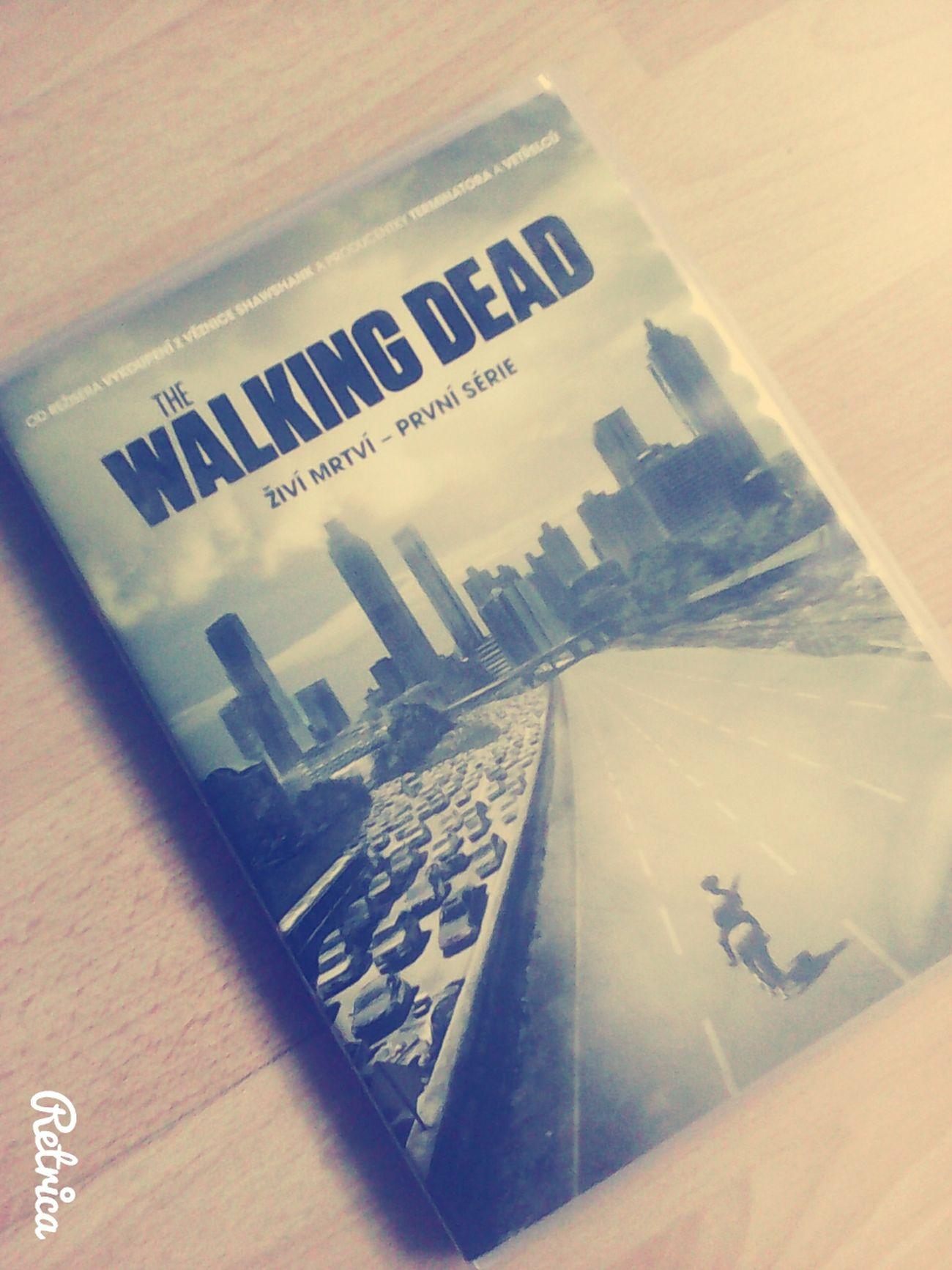 Walking dead! Top!