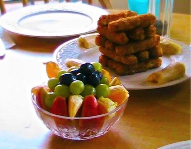 A perfect lunch for an Artistic child Healthy Eating Table Close-up No People Freshness Food Bowl Indoors  Food And Drink Ready-to-eat Day Fruit Bowl Fishsticks Jenga