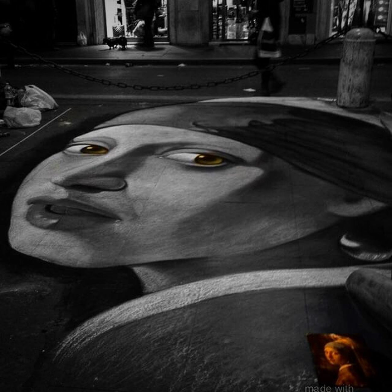.. Quando la passione per lo scatto incontra l'arte della strada .. Art Streetphotography Street Pic EyeEm Eye4black&white  Eyemphotography EyeEm Gallery First Eyeem Photo Eye4photography  The Week Of Eyeem EyeEm Nature Lover New Talents On EyeEm New Talents Popolari Famous Black And White Travel Photography Shot EyeEm Best Shots Scenery Shots Blackandwhite Photography Sky New Talent This Week Professionalphotography