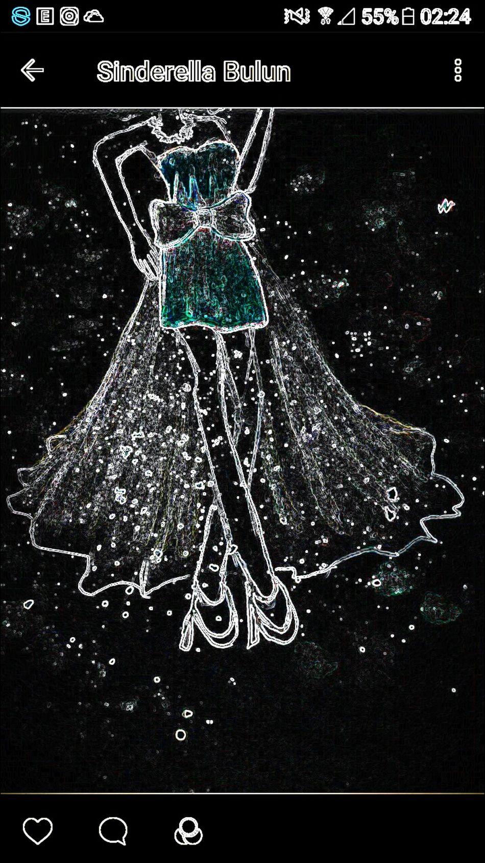When dark come Fliter Details Textures And Shapes Creativity Dreamsinderella Dreamsinderelladesign Green Color Galaxy Starlight Galaxydress Mydesign Fashion Studio Shot Night Close-up Design