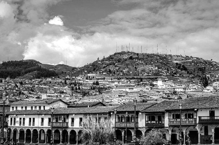 Bnw Bn Blackandwhite Bnw_life Bnwphotography Bnw_rose Bnw_captures Bnwmood Bw Bw_lover Monocromex Bnw_addicted Bnw_society Jabrbnw Foto_blackwhite Valokuvaus Peru Southamerica Cusco Inca MachuPicchu Latina Colonial Plaza VSCO