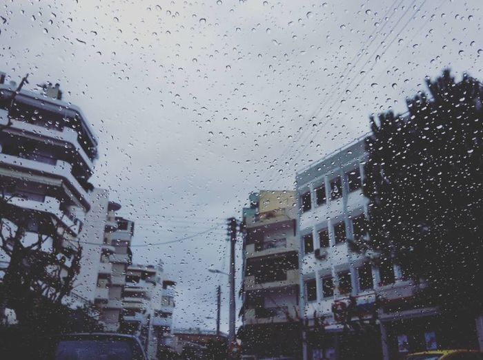 *Love this weather* Rainymorning Raindrops Sky_collection Cloudy Athens Street Photography Photogaphy