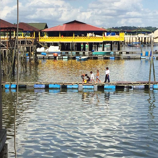 The Lost Boys Malaysia Johor Bahru Fishing Village Houses On Stilts Colourful Life Gone Fishing