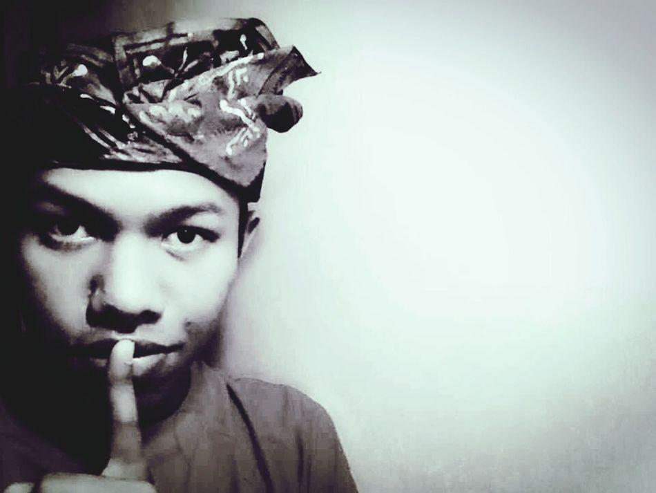 Balinese Selfie Bali Deaf