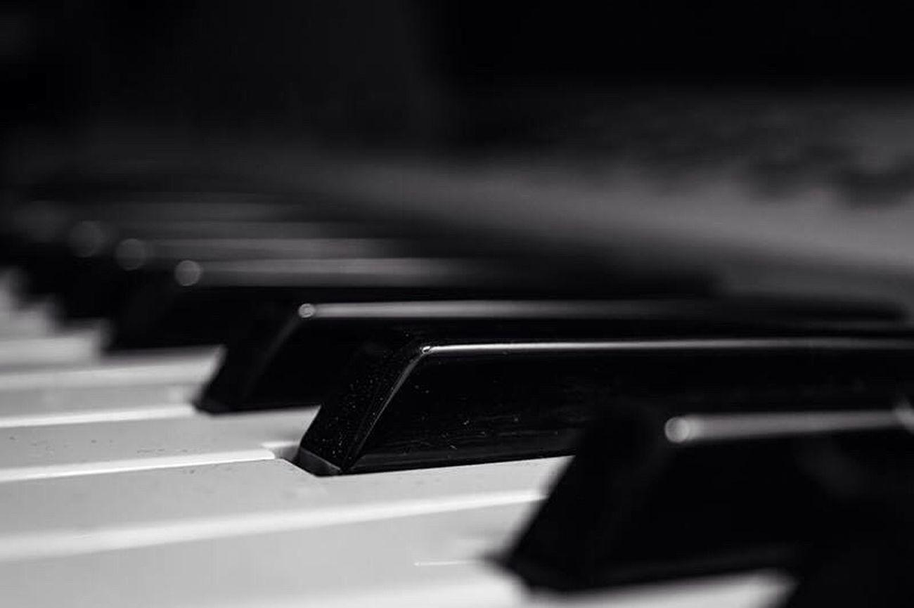 Keys Black & White Blackandwhite Music Black And White