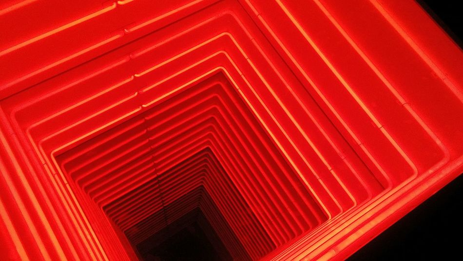 Milano Milano Italy Milanocity Museodel900 Museum Prospettiva Prospective Prospettive Optical Illusions Illusioni Illusion Illusioni Ottiche Illusion Art Red No People Neon Light Profondità Depth Deep Deep Red Altezza High Height Color Flying High