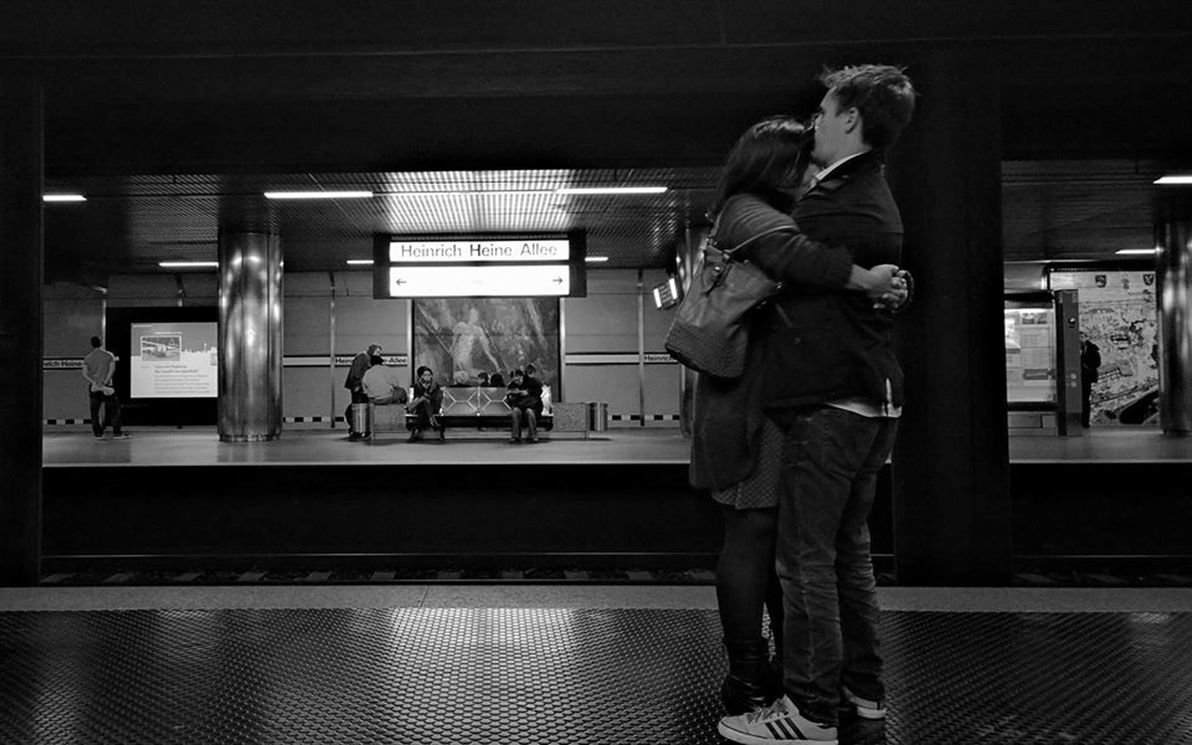 Everyday Lives Lovers Love & Affection  Street Photography