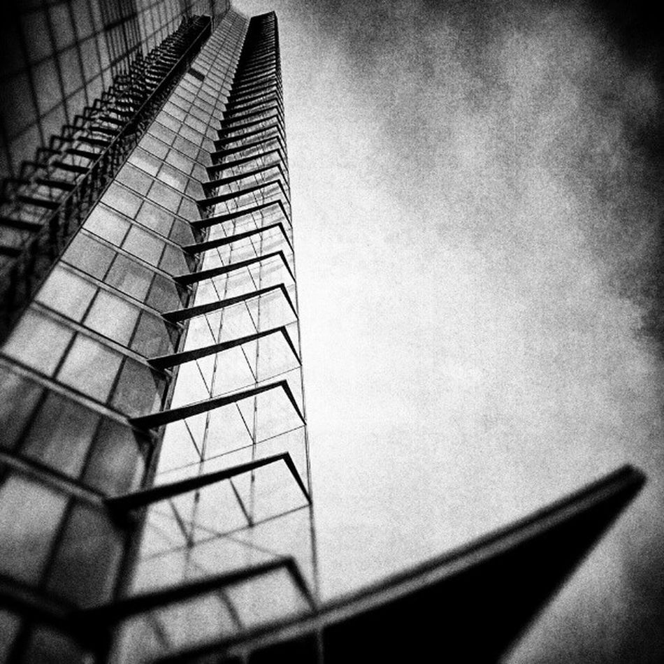 Himmelwärts - Architecture Posttower Bonn Blackandwhite android androidography galaxynexus snapseed
