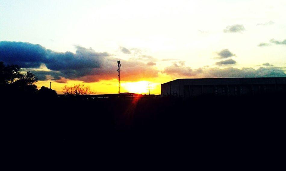 Quantas tardes cabem no por do sol? Sunset ☀