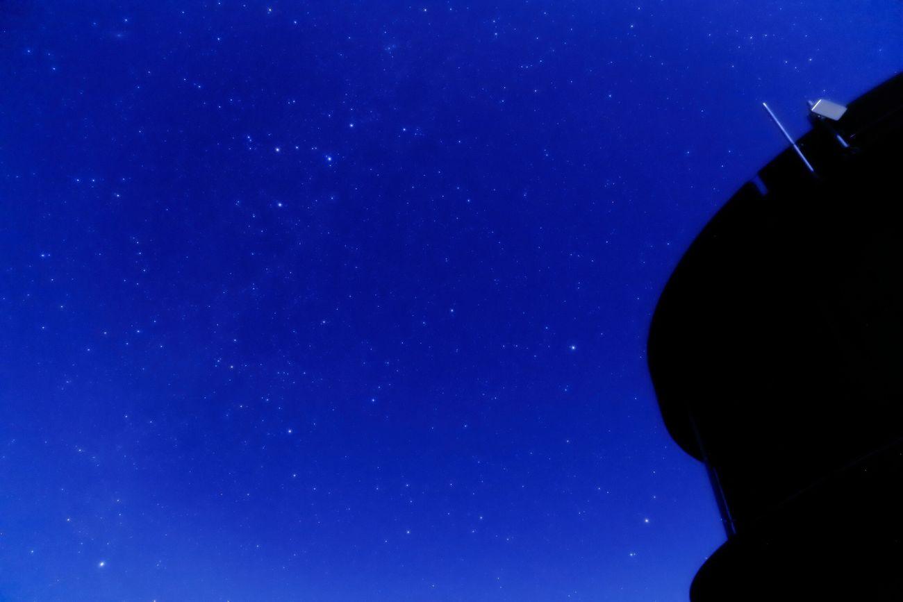 今年初の星撮り。 月が明るすぎて、やっとこさ撮れた。 CANON 6D EF24-105F4L TV;15秒 Av;4.0 ISO;2000 WB;色温度4400 w/ソフトフィルター(ソフトンA) DPPにて補正。 カシオペア座 ポラリス 北極星 こぐま座 星 猪名川天文台 Eos6d Canon6d ソフトフィルター スローシャッター