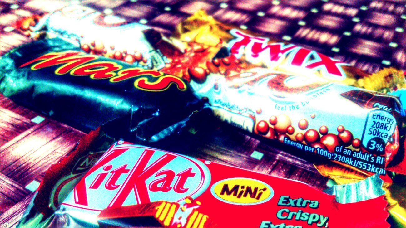 Kitkat ☺ Kitkat💋 Aero Chocolate♡ Chocolates TwIx ☆ Twix Mars Happness Fun Times