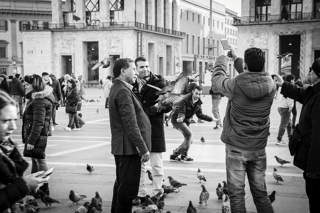 The Tourist Europe Italy Milano Street Photography Travel Photography Popular Photos Blackandwhite Social People Man Amazing_captures Nikonphotography Piazza Del Duomo Square Photooftheday Birds EyeEm Best Shots Tourism Awesome_shots City Duomo Di Milano Eye4photography  Travel Showcase: February