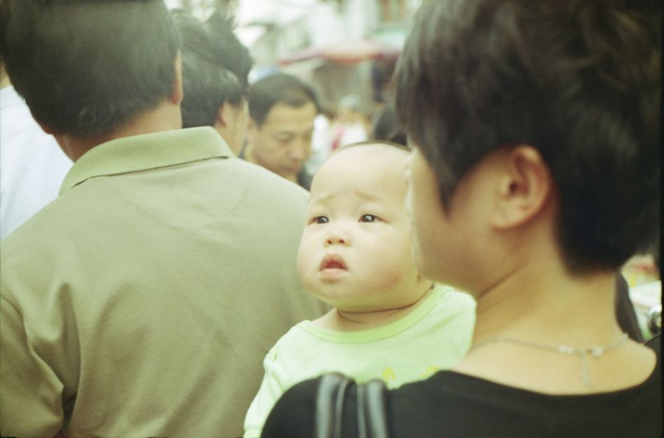 Analogue Photography Baby China Chinese Baby Chubby Baby Boy  Chubby Face Day Group Of People Real People Streetphotography