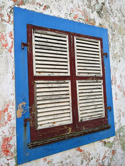 Window Windows House Houses Streetphotography Structure Houses And Windows Built Structure Outdoors No People Architecture Old Window Old Windows Old Window Frame Old Window Blind Old Old Buildings Antique Colorful Colors Wood Wood - Material Wooden Windows Wooden Window Wooden Window Shutters