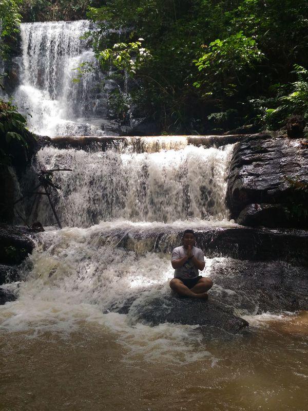 Hello World Indonesiahere Enjoying Life Indonesian Indonesiatourism Indonesiatravel Relaxing Best Friends ❤ Curuqcountry Waterfall