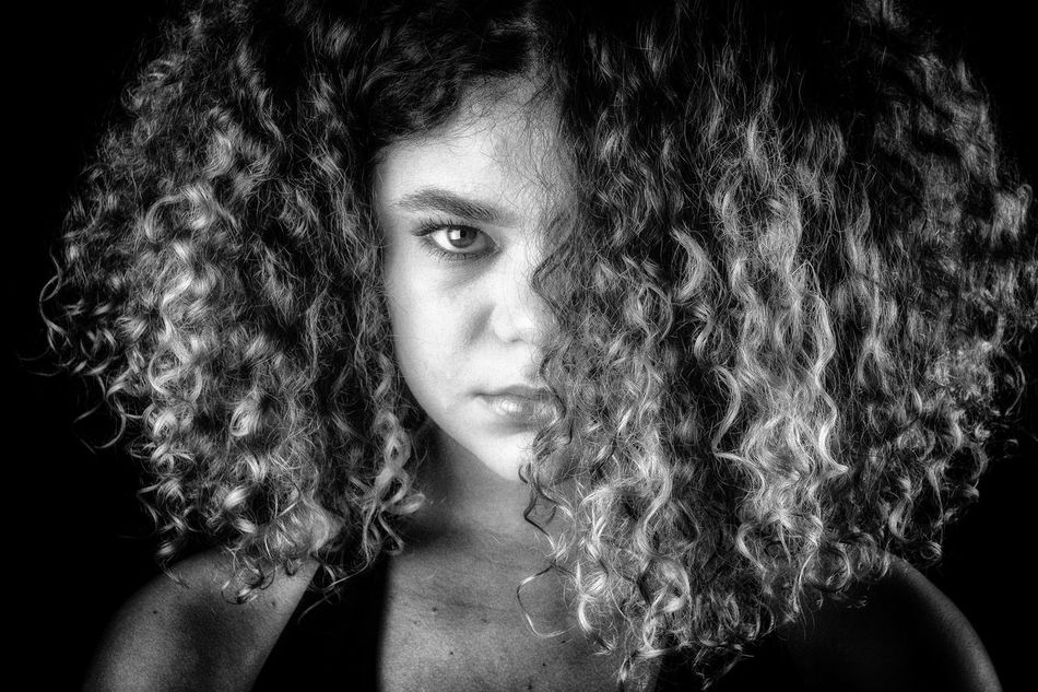 Portrait de Charlotte. Black And White Human Face Women Who Inspire You Women Of EyeEm Portrait Portraits Portraiture Portrait Photography EyeEm Diversity Eyeem Photography