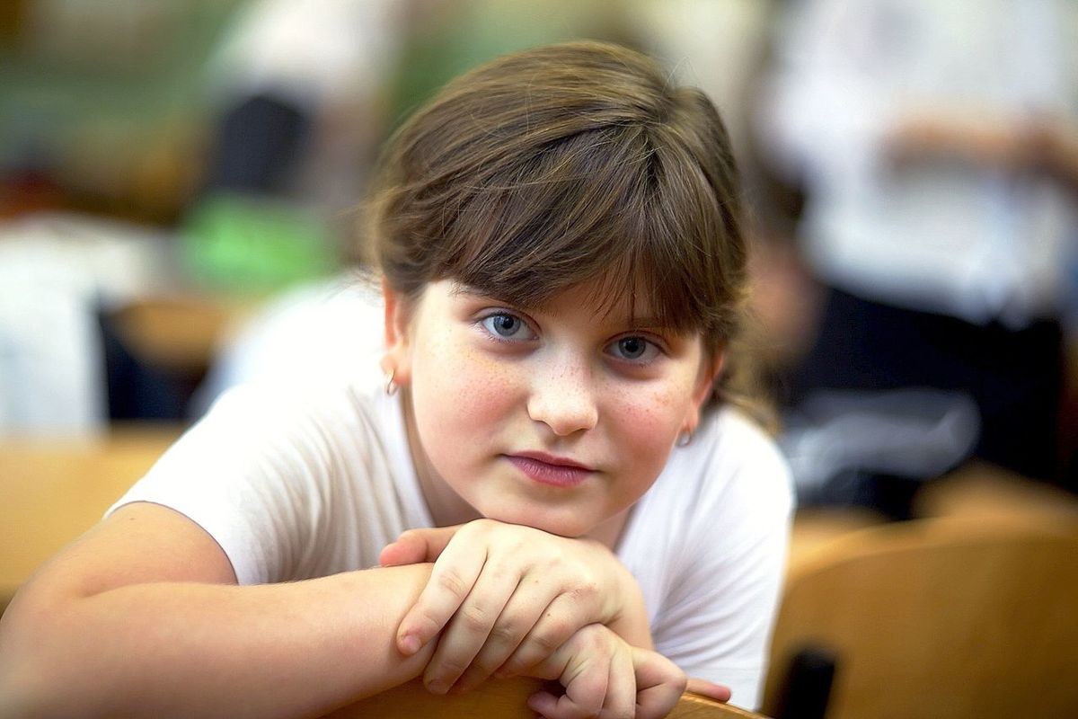 Portrait Of A Friend детскоефото детский_мир школьница школатакаяшкола Sckool Friend девочка