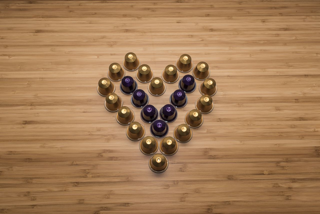 A composition of coffee capsules shaping a heart Break Capsules Coffee Coffee Break Coffee Time Heart Heart Shape Heart ❤ Love Love ♥ Nespresso Nespresso Capsules Nespresso Time Nespresso... What Else…? NespressoMoment Nespressomoments