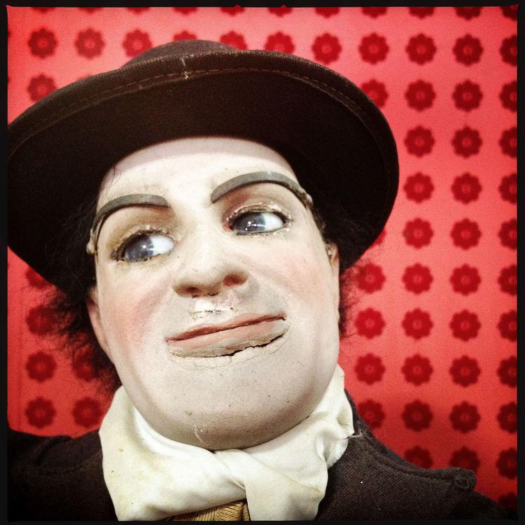 Side eye. Doll Mannequin Face