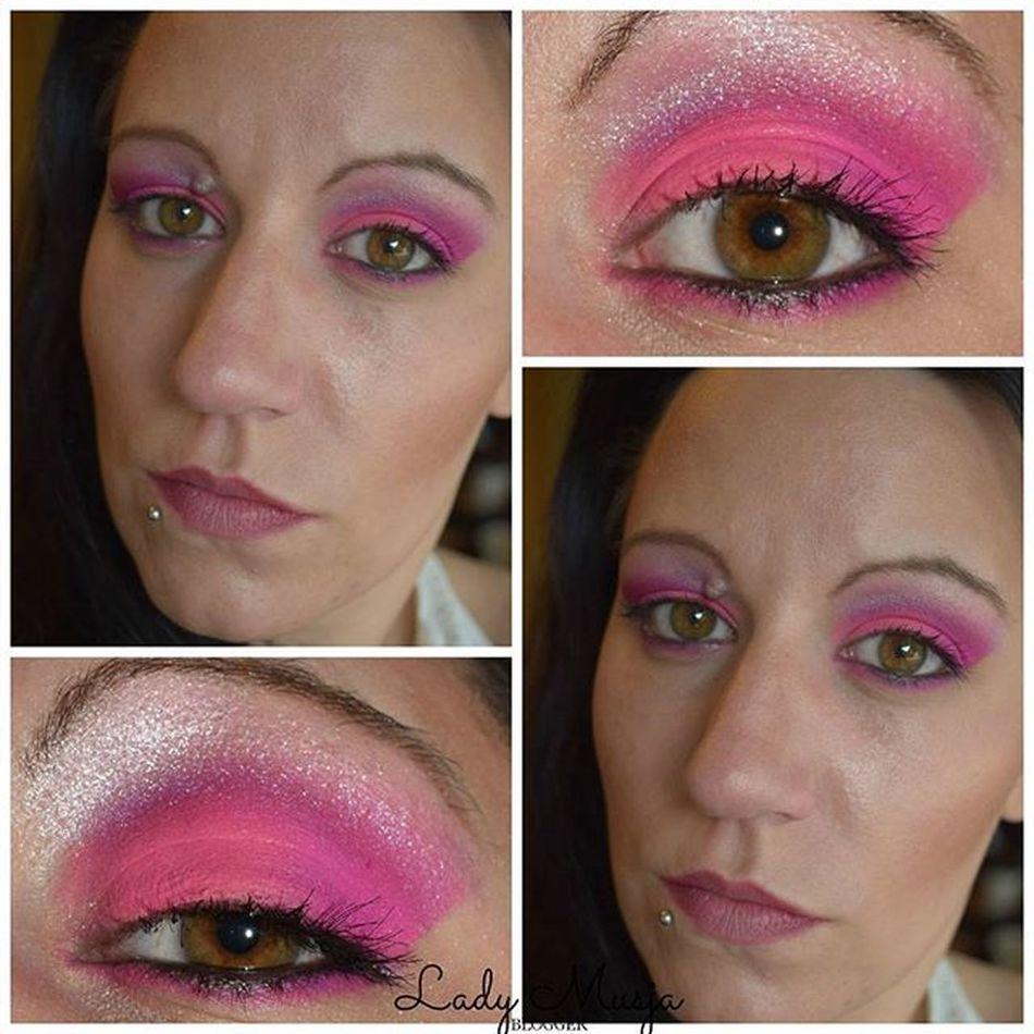 Manchmal muss man mal was neues ausprobieren, das habe ich mit der Colourchaos palette von Makeuprevolution getan. Ich hatte sie mir vor einigerzeit bei Kosmetik4less bestellt gehabt. Beitrag findet ihr auch meinen Blog K4lfeature Makeupartist Makeuplover Makeup Makeupaddict MakeupJunkie Eyesoftheday Amu Eyesmakeup Pink Pinkyourlife Browneyes Greeneyes Eotd P2 Manhattan Astorcosmetics Rossmann Bloggergram Bloggergirl Makeupblogger Beautyblogger beautyblogger_de cosmeticblog blogger bloggers makeupblog