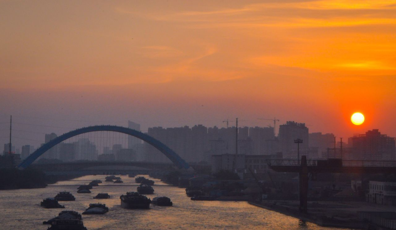 Sunset_collection Sunset In The City  Golden Moments  Riverside River And The Bridge River And The Sun Cityscape