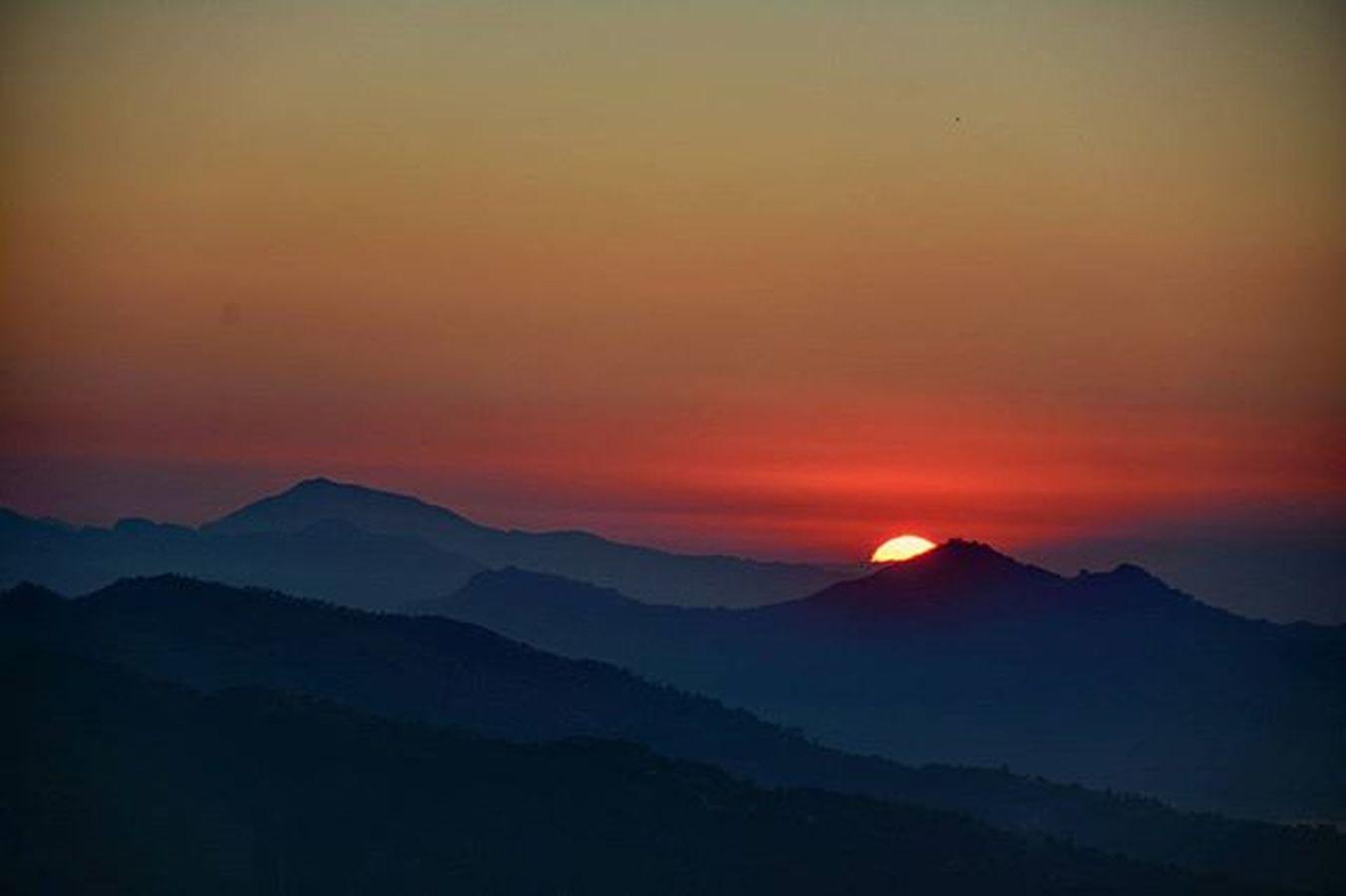 Sunrise as seen from sarangkot, pokhara, nepal. Sunrise Pokhara Dktm Nepal8thwonder Youseemeyouareshot