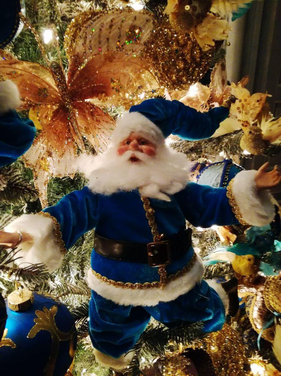 One Person Celebration Père Noël Noel2016 Arbre De Noël Christmas Decoration Illuminated Chrismas Tree Christmas Lights Christmas Tree Celebration Tradition Christmas Winter Night No People Tree