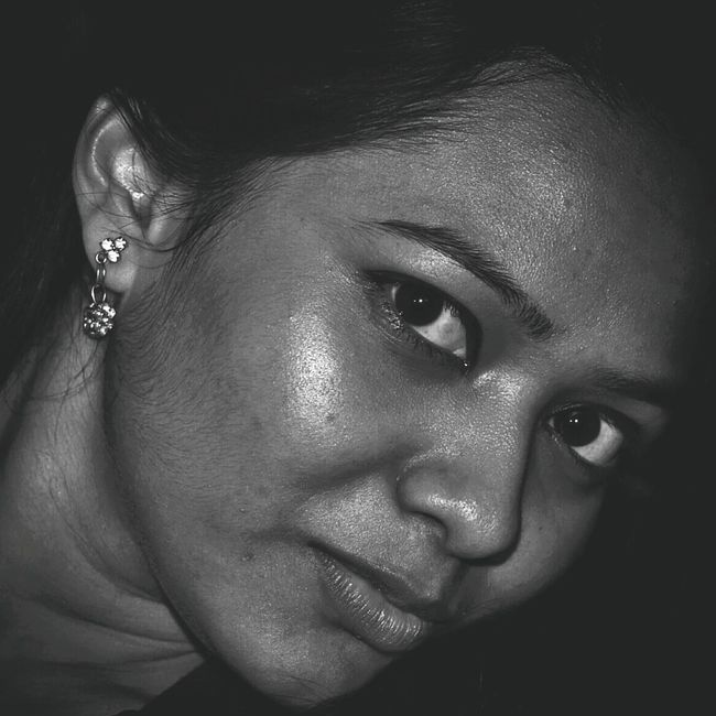 PLEASE DO READ AND ADVICE :Sorry friends took a lot of time to upload one.Actually the barrel of my lens was slipping so send that for servicing....anyways In meantime I was going through a lot of potraits both monochrome and chromatic photography and thinking of uploading one after I receive my lens back.Here's my first shot at potrait.I don't know whether it's gonna work out or not and I leave flaws and ideas to you my friends .Please feel free to advice.I need all your help to grow better at hands in photography.. Taking Photos Check This Out Hello World Hanging Out The Portraitist - 2015 EyeEm Awards EyeEm Best Shots EyeEmBestPics Black And White Monochrome Shades Of Grey