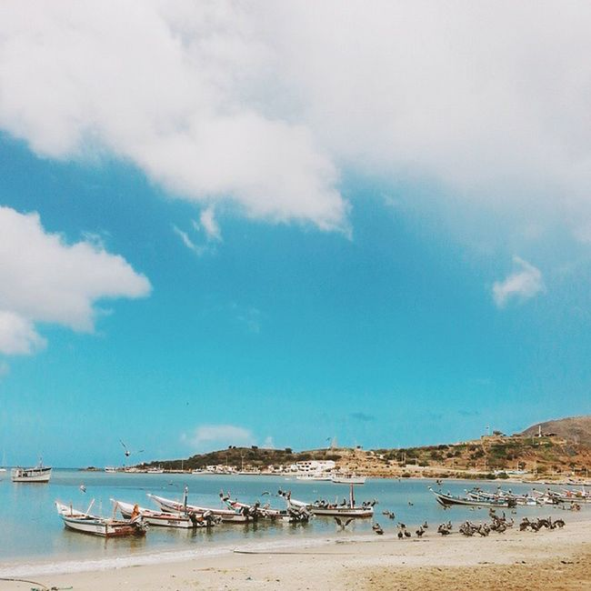 A lo lejos el lugar favorito de todos para ver los atardeceres de Juangriego, el Fortin de La Galera. JuanGriego IslaDeMargarita Vscocam