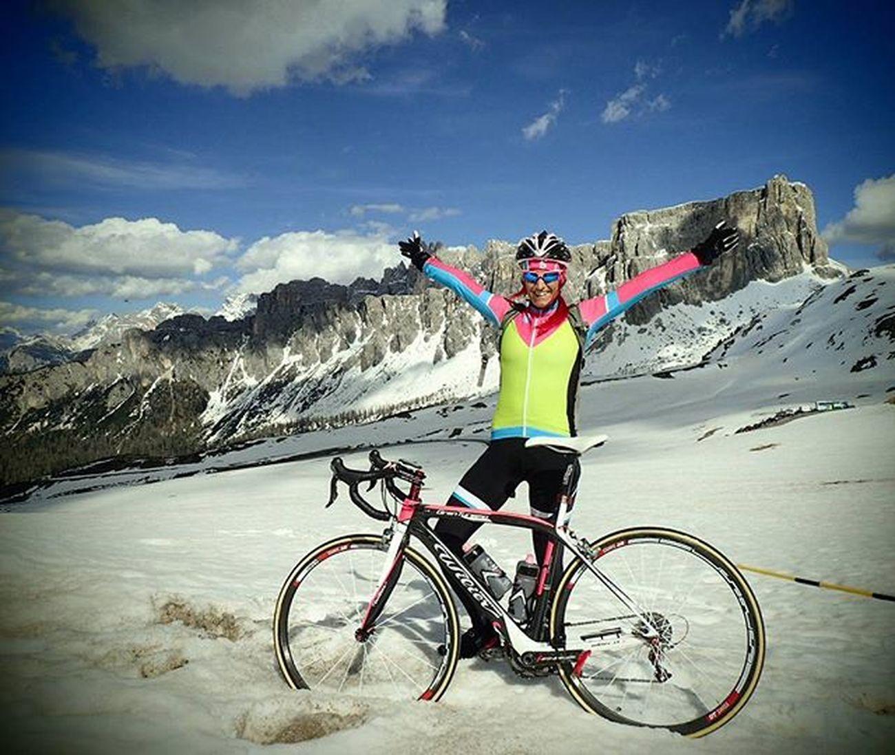 😍😍😍I am iN heaVeN😍😍😍 Passogiau Fightforpink Giro Giroditalia Giroditalia2016 Cyclingexplorers Ciclismo Roadcycling Sportaddict Wilier My_dolomiti LOVES_BIKES Ridelikeagirl Trytokeepup Bikegirl Badassisbeautiful Ridewithaview Fromwhereiride Ig_trentinoaltoadige Igerscycling Nevergiveup Loves_dolomiti Loves_mountains Stravacycling Stravaphoto ig_neverstopexploring lifeisgood 📸@mihamalus comeonsummer collesantalucia dolomitescycling