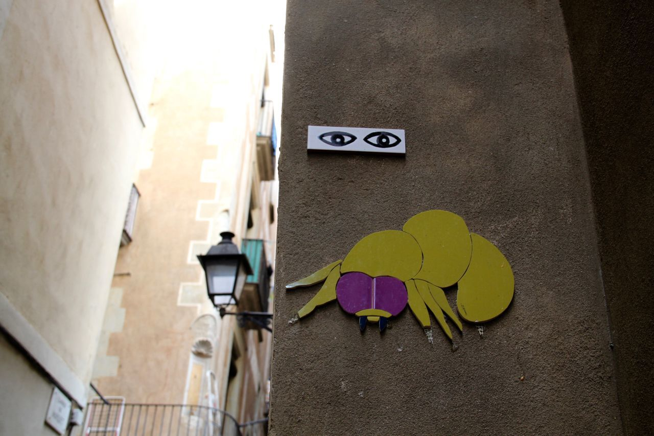 Architecture Barcelona Barcelona Streets Communication Day Eyes No People Outdoors