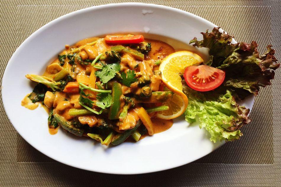 Food Dinner Thai Food Phadthai Vegetarian Food Plate