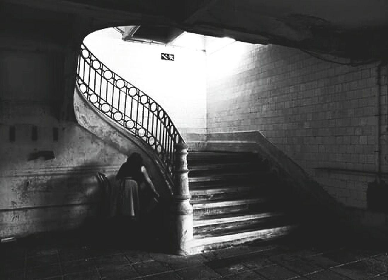 Thestreetphotographer EyeEn Porto B&w Street Photography Streetphotography Monochrome Street Photography EyeEm Porto Capture The Moment First Eyeem Photo Blackandwhite Photography Blackandwhite Fujifilm