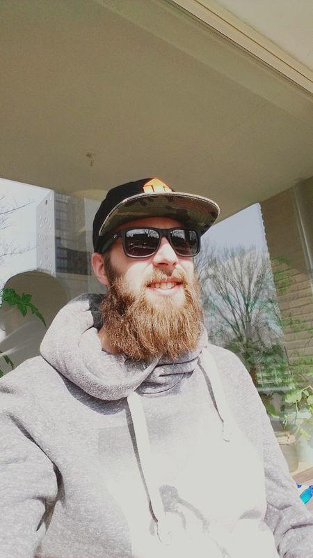 Balkonsessie! That's Me Selfie Selfportrait Teambeard Beard Beards Rayban Chillin Balcony Taking Photos