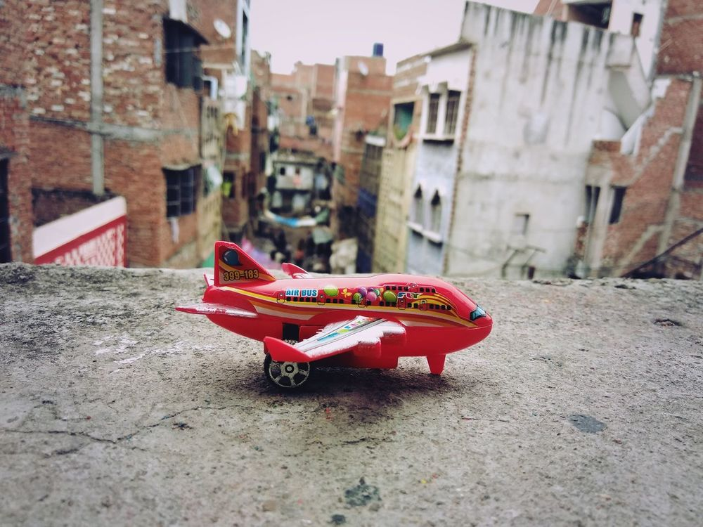 A retro plane First Eyeem Photo Planes In The Sky Focus On Foreground,shallow Focus Foodphotography Food Porn Awards CalculatorTrick