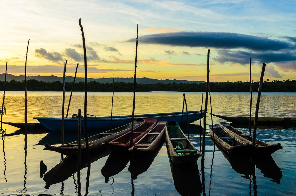 Barcos na Baia do Iguape Barcos Boat Canoas Cloud Cloud - Sky Fine Art Fine Art Photography Nature Orange Color Paisagem Por Do Sol Quilombo Rio Sky Sunset Tranquility Water