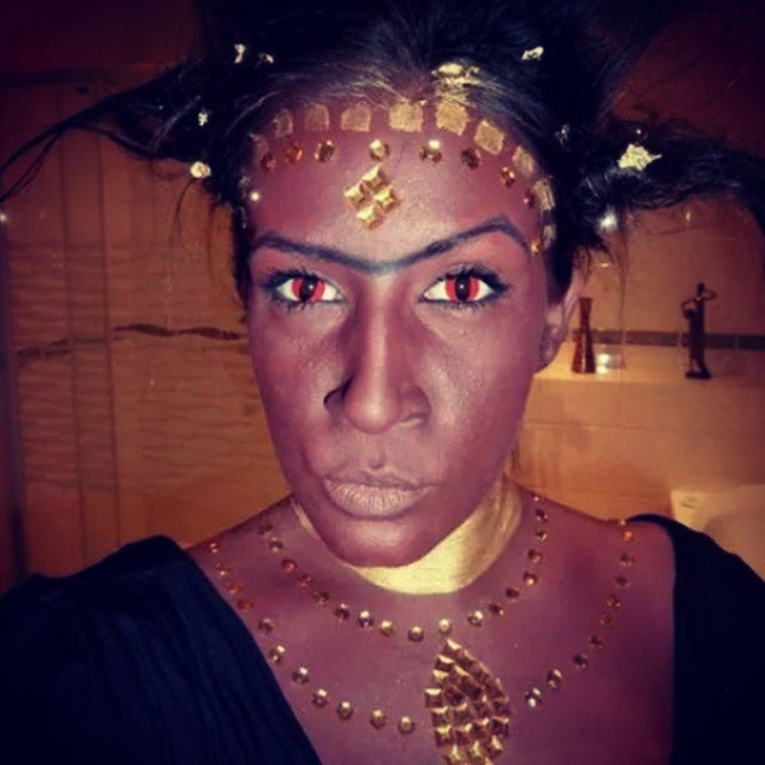 Halloween Karaba Sorcière Kirikou witch transformation dark darkmakeup karabalasorciere makeup makeupartist maquillage cpl coupdepinceaudelilly