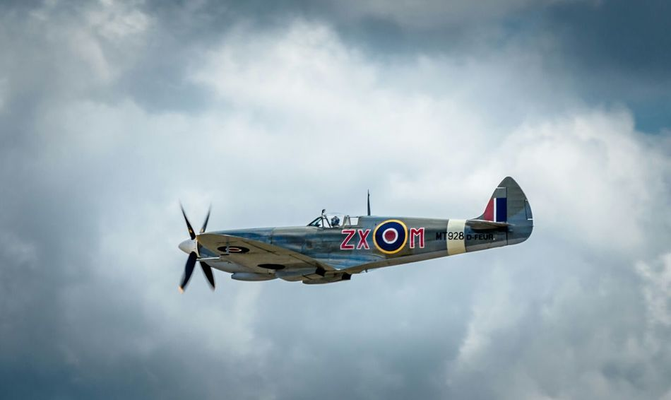 Spitfire. so few men. so few planes.. so much owed EyeEm Best Edits Clouds And Sky Flying Legends 1940s Battle Of Britain Spitfire Canon Eos 650D Eye4photography  Duxford Duxford Air Show